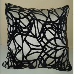 Cushion Black and white