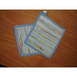 Weaving pot holder - blue